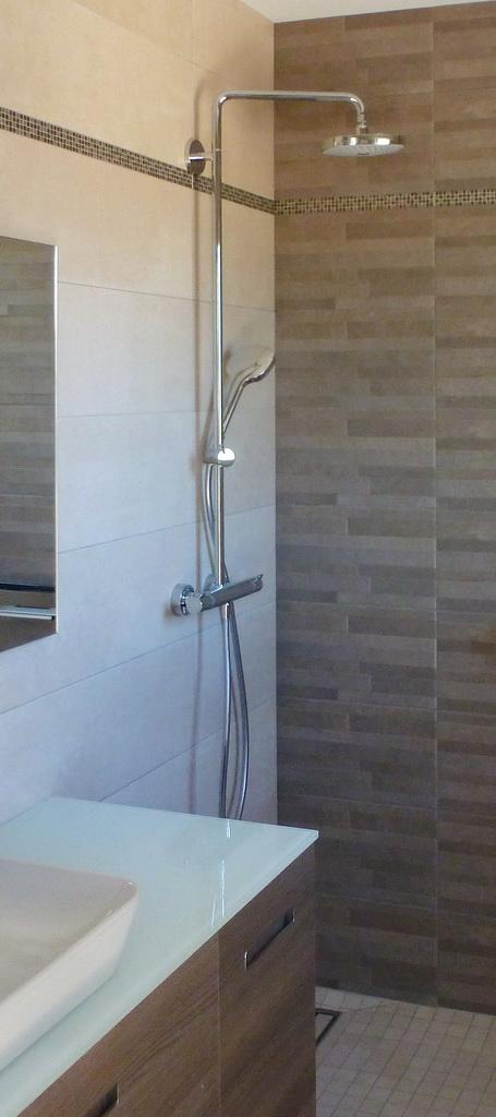 Salle d'eau - Douche à l'italienne.